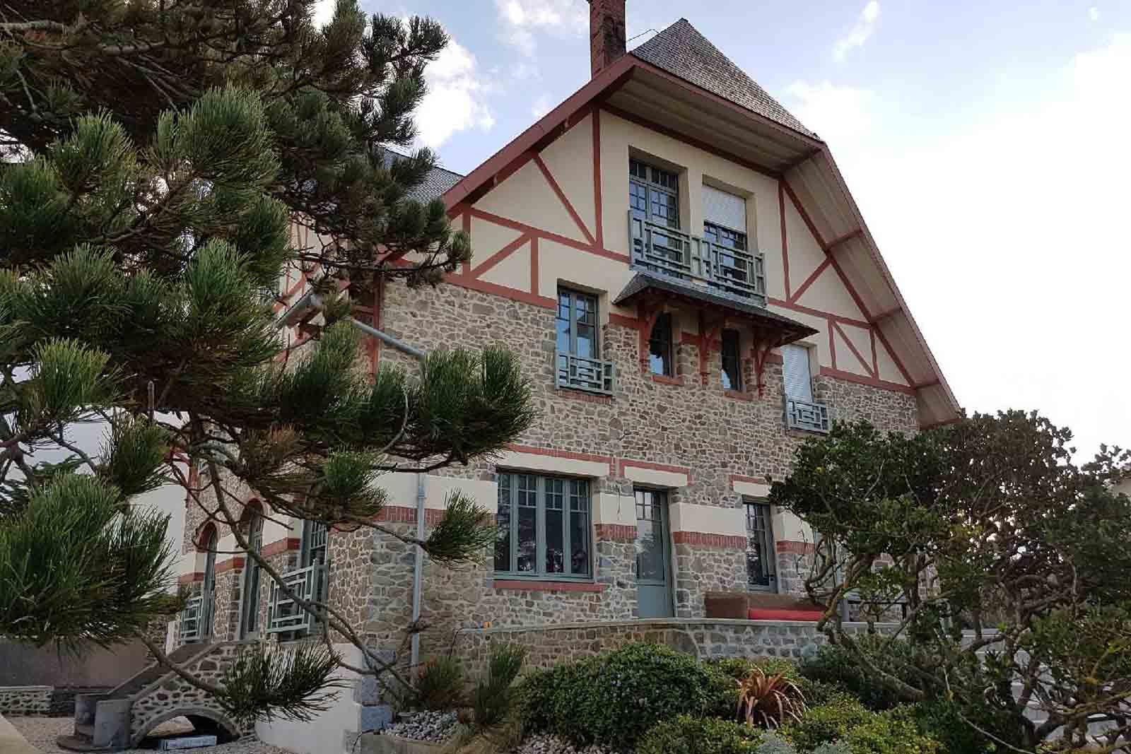 gite les roches grises 15 - L'appartement Les Ecuries Val De Mai - Location de Gite La Clef Decamp - Laclefdecamp.fr