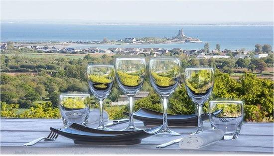 La Pernelle restaurant panoramique - ACTIVITÉS & RESTAURATION - Location de Gite La Clef Decamp - Laclefdecamp.fr