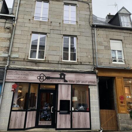 facade bureau laclefdecamp2 450x450 - Actualités de nos gîtes - Location de Gite La Clef Decamp - Laclefdecamp.fr