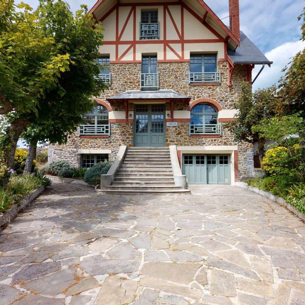 Les-Roches-Grises-par-LA-CLEF-DECAMP-05312021_110853-gite-Granville